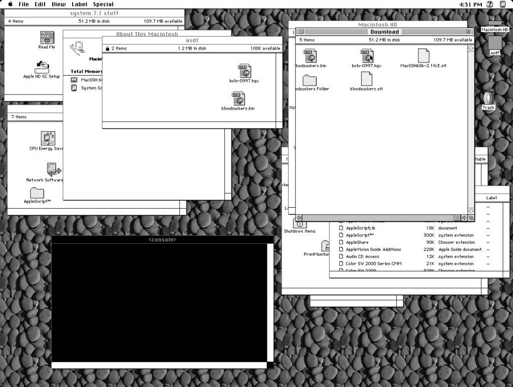 quadra_desk